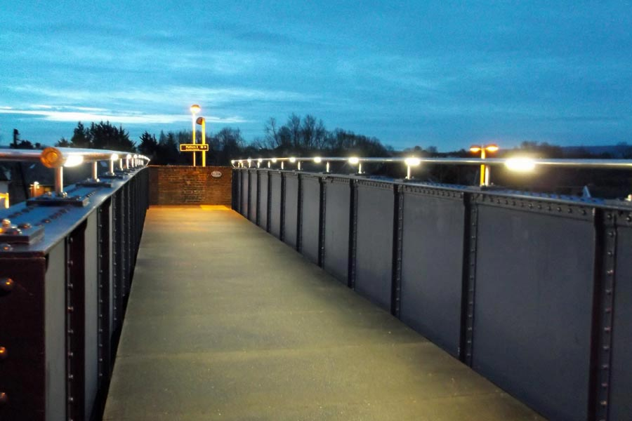 wareham railway station pedestrian overbridge at dusk