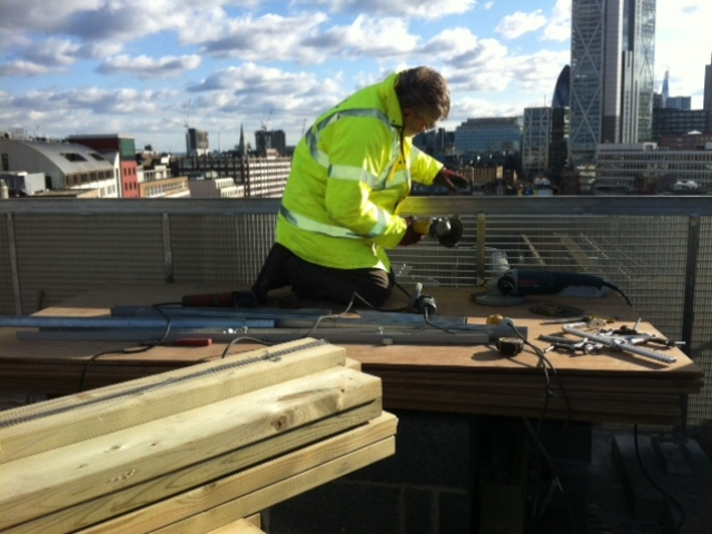 specialist polisher stainles steel rooftop balustrade shoreditch london