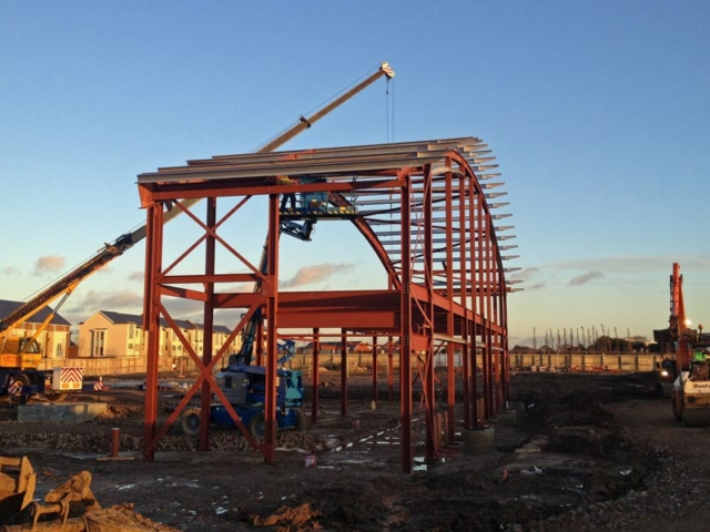roof girders being lifted into place eastgate church ebbsfleet