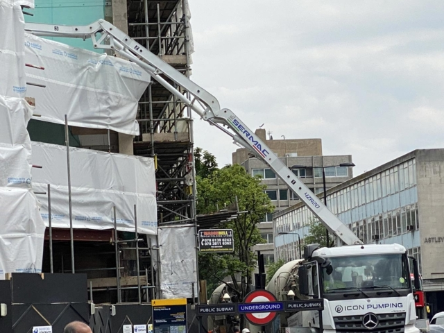 pouring concrete 66-74 notting hill gate